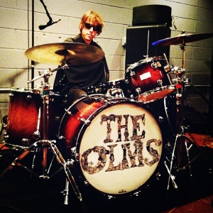 Malcom Cross, the legend himself is drumming for The Olms